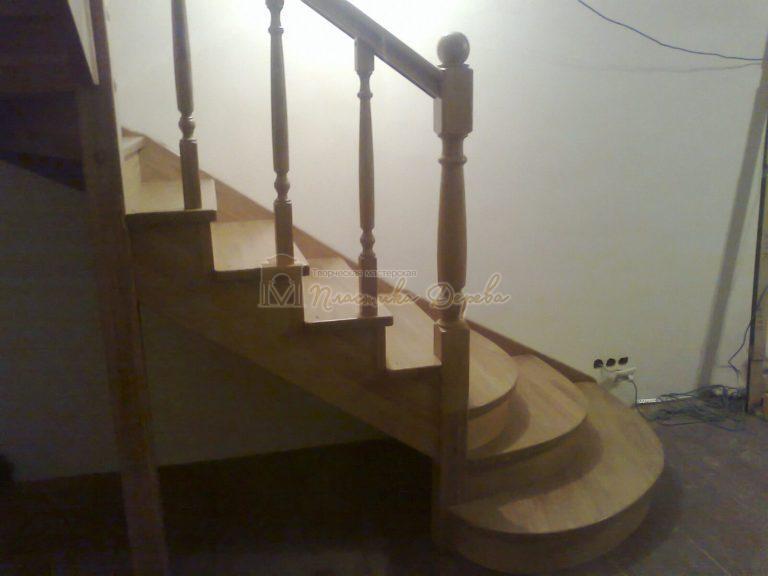 Фото 3 лестницы из дуба