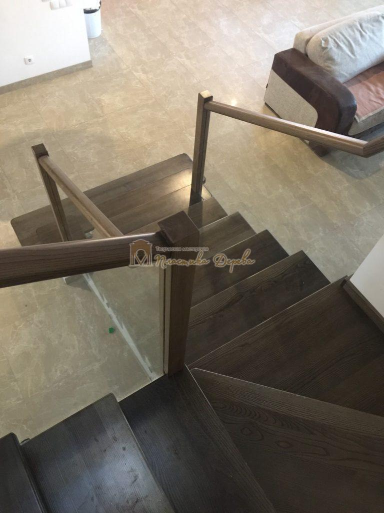 Фото 6 комбинированной лестницы со стеклянным ограждением