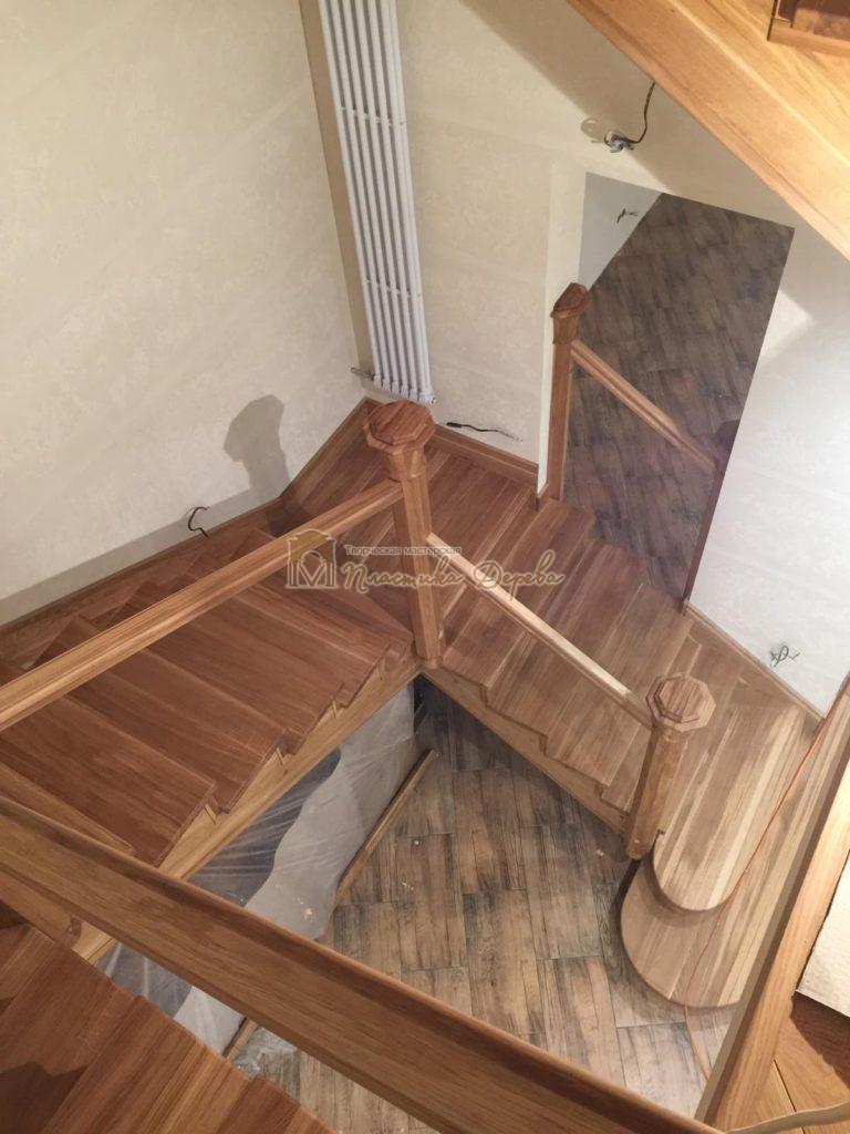 Фото 4 лестницы из дуба (покрытие масловоск)
