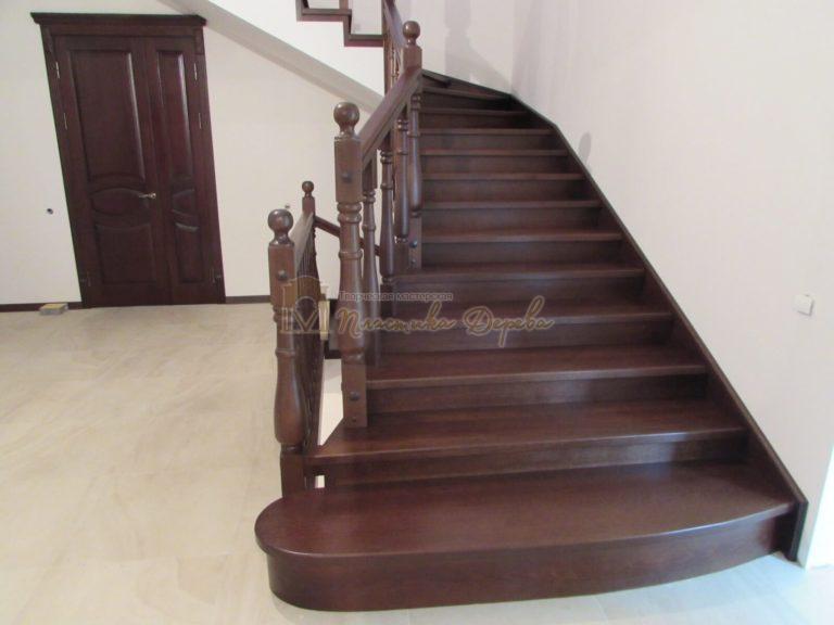Фото 1 лестницы с подиумом