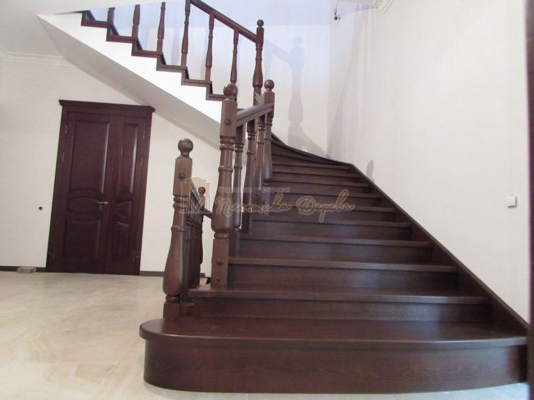 Фото 4 лестницы с подиумом