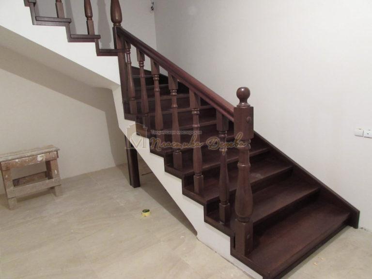Фото 14 лестницы с подиумом