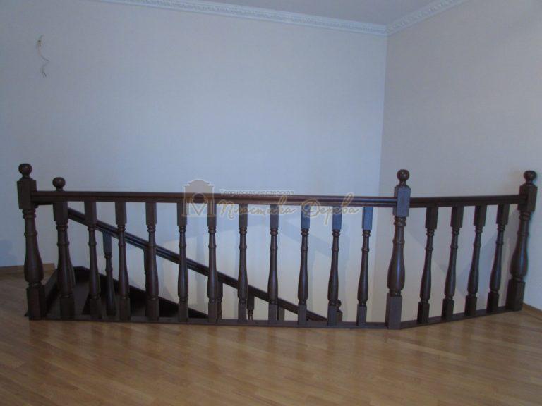 Фото 17 лестницы с подиумом