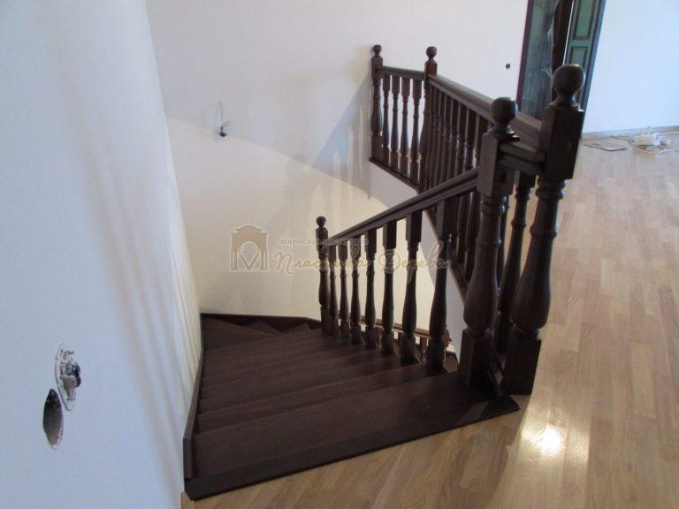 Фото 19 лестницы с подиумом