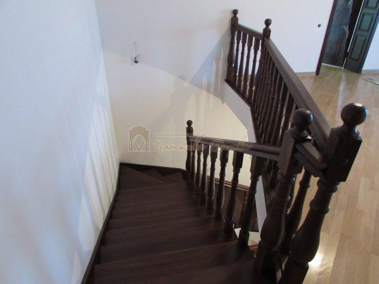 Фото 21 лестницы с подиумом