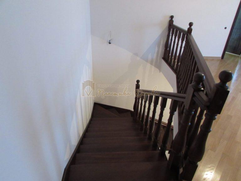 Фото 22 лестницы с подиумом