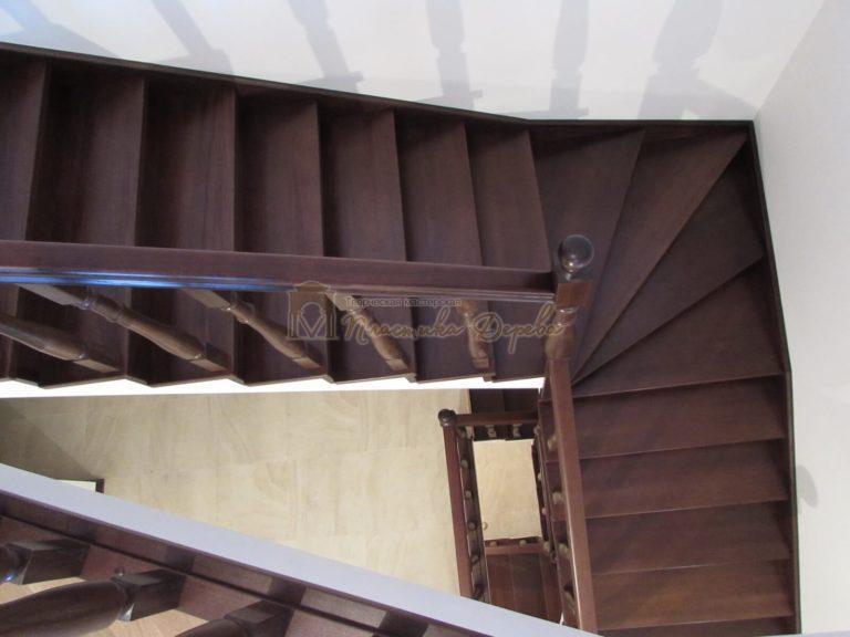 Фото 31 лестницы с подиумом
