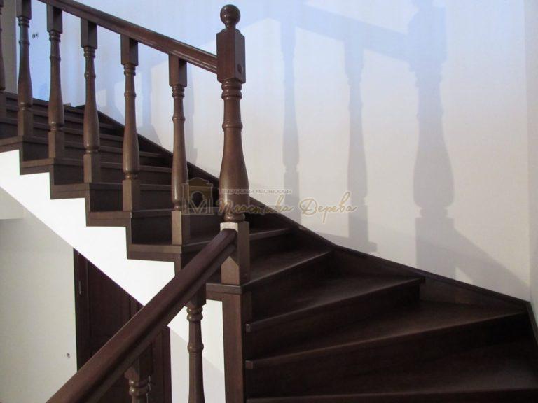 Фото 37 лестницы с подиумом