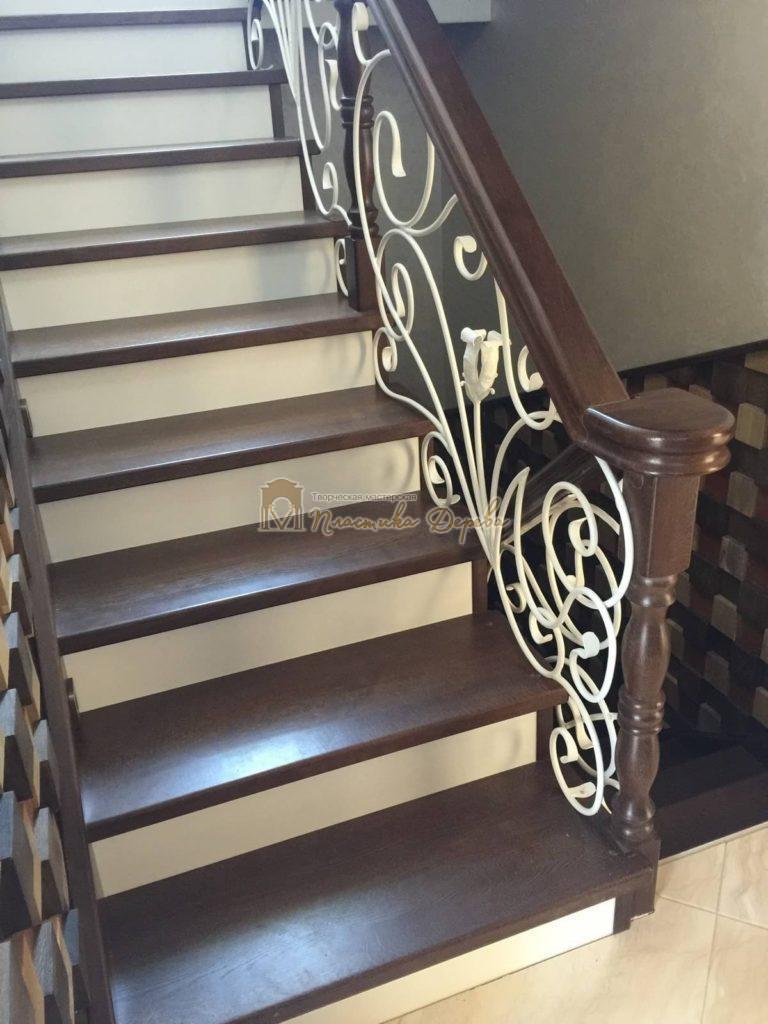 Фото 21 лестницы из дуба с ковкой