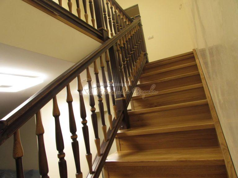 Фото 36 лестницы из дуба в испанском стиле