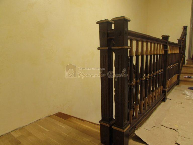 Фото 5 лестницы из дуба в испанском стиле