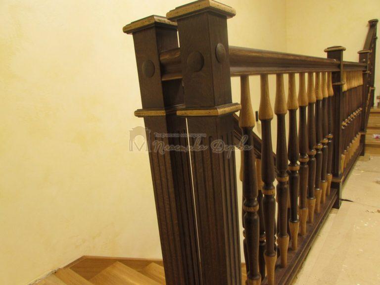 Фото 7 лестницы из дуба в испанском стиле