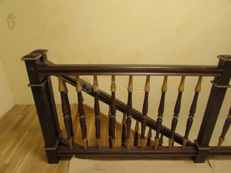 Фото 8 лестницы из дуба в испанском стиле