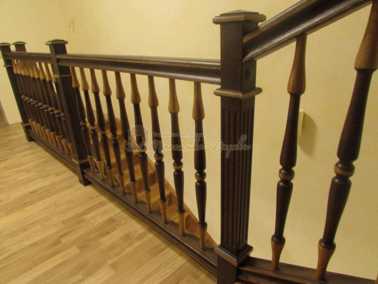 Фото 15 лестницы из дуба в испанском стиле