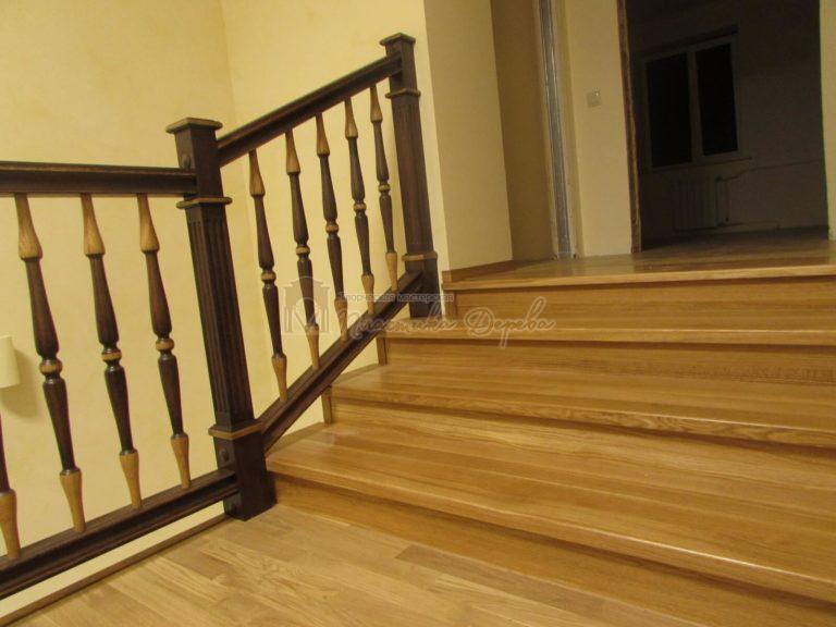 Фото 16 лестницы из дуба в испанском стиле