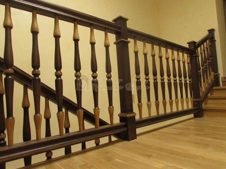 Фото 17 лестницы из дуба в испанском стиле