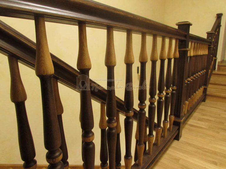Фото 18 лестницы из дуба в испанском стиле