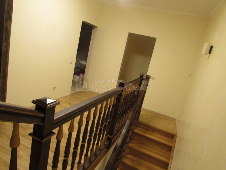 Фото 23 лестницы из дуба в испанском стиле
