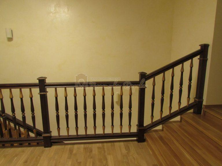 Фото 24 лестницы из дуба в испанском стиле