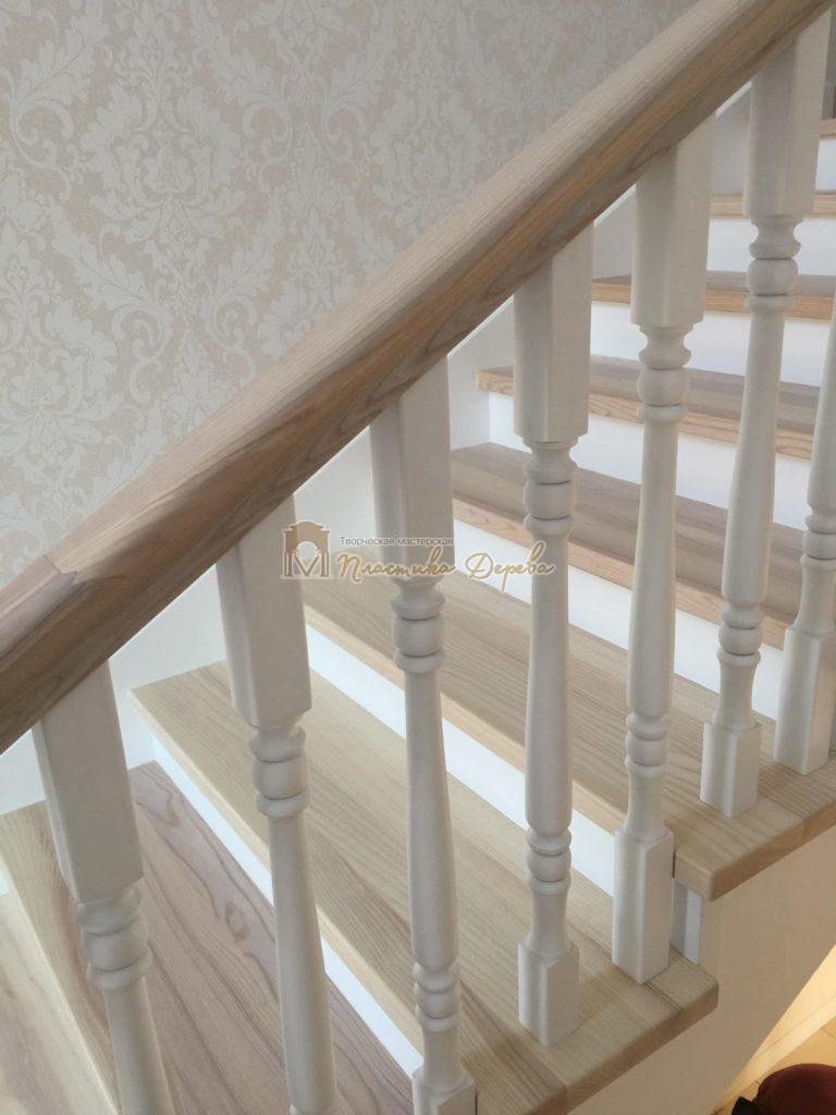 Фото 3 маршевых лестниц из дерева