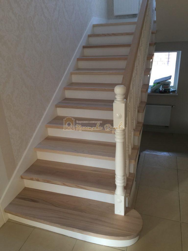Фото 28 маршевых лестниц из дерева