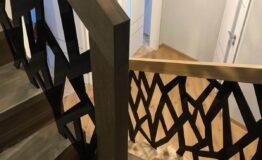 Лестница из дуба в современном стиле (фото лестницы)