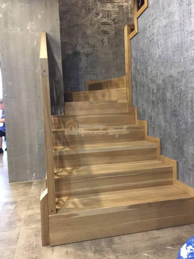 Фото 10 лестницы из дуба в современном стиле