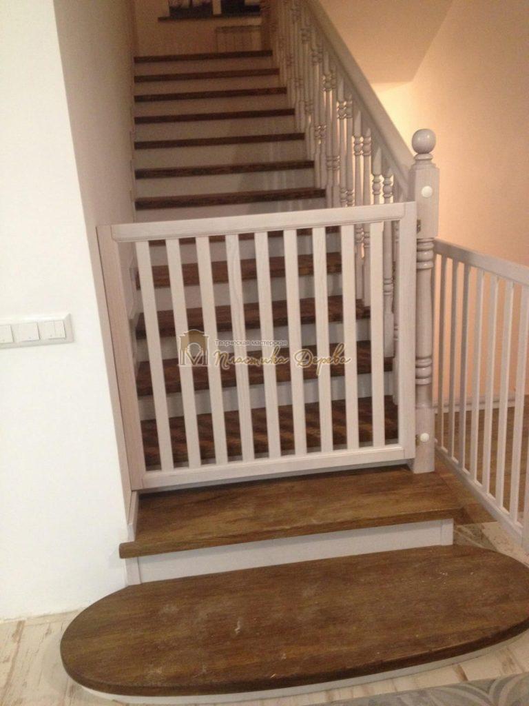 Фото 20 лестницы из дуба в стиле прованс