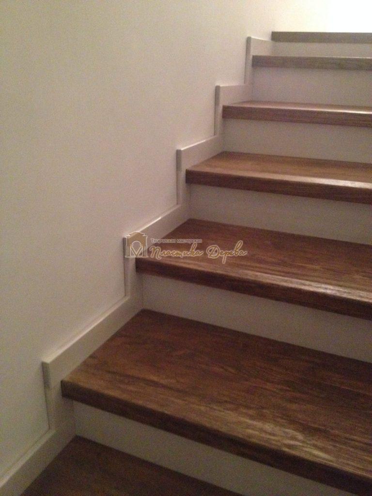 Фото 26 лестницы из дуба в стиле прованс