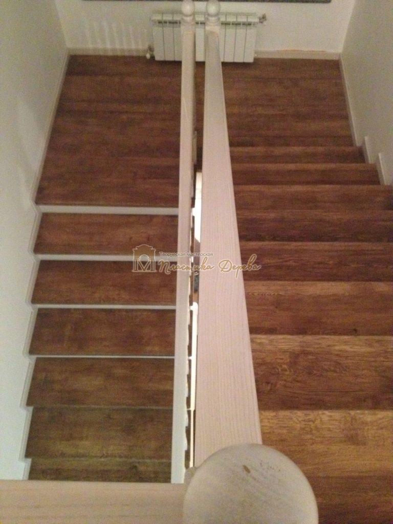 Фото 6 лестницы из дуба в стиле прованс