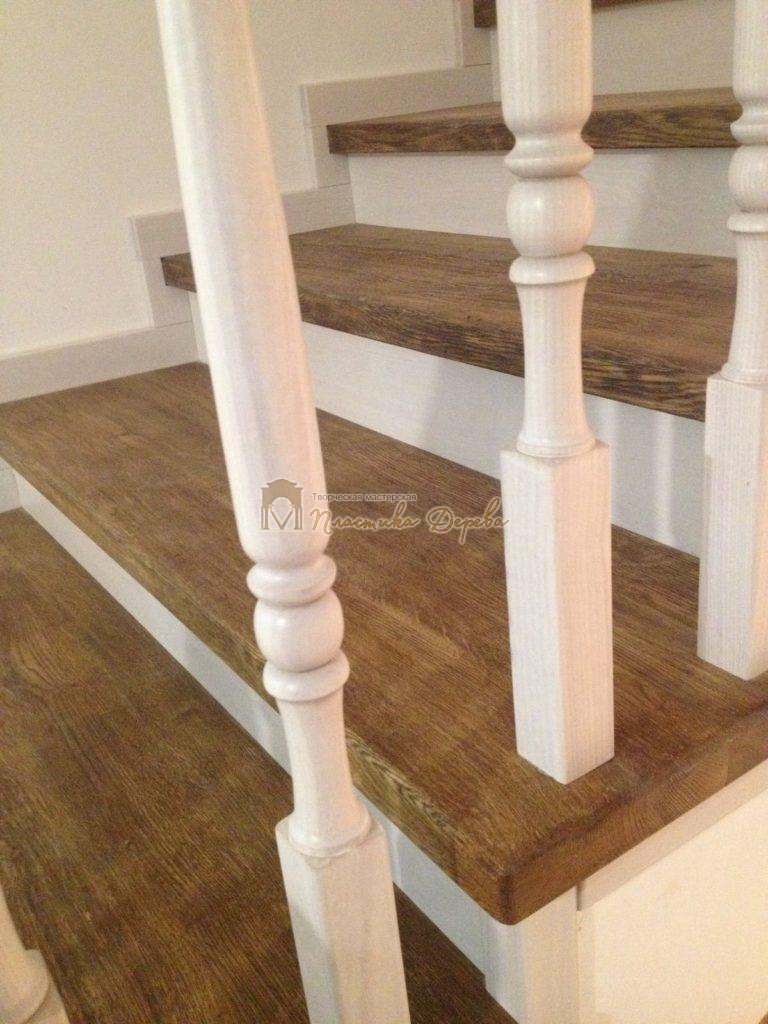 Фото 11 лестницы из дуба в стиле прованс