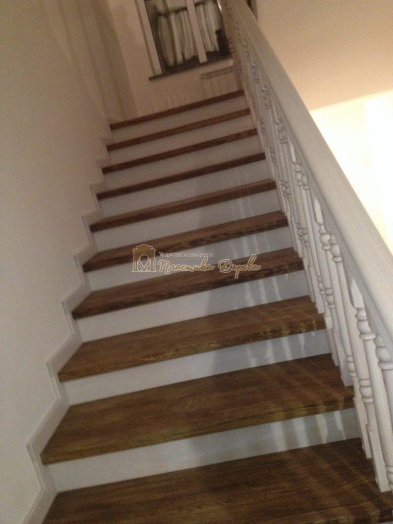 Фото 12 лестницы из дуба в стиле прованс