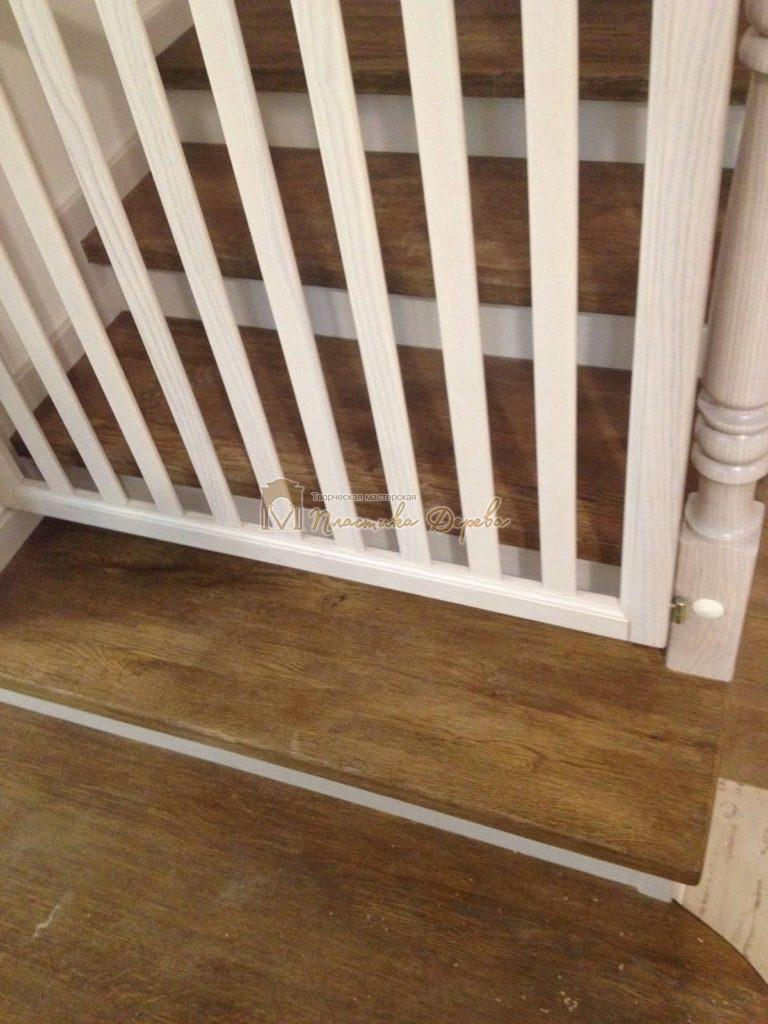 Фото 18 лестницы из дуба в стиле прованс