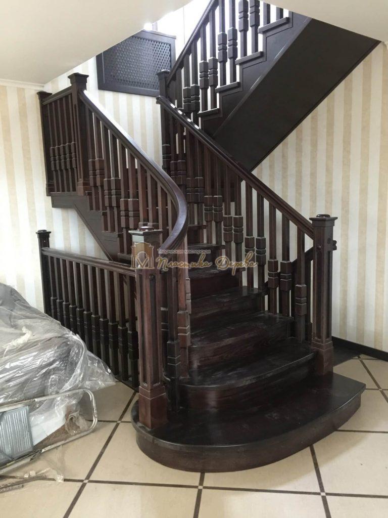 Фото 5 полувинтовой лестницы из ясеня