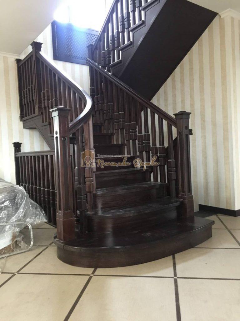 Фото 6 полувинтовой лестницы из ясеня