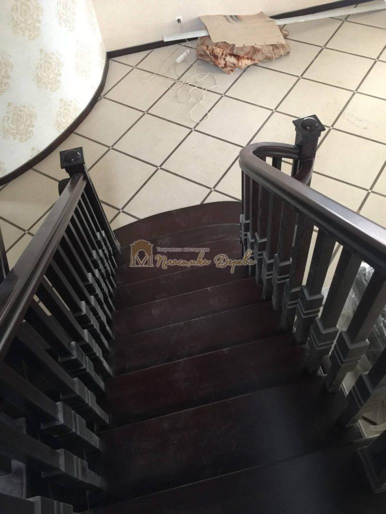 Фото 8 полувинтовой лестницы из ясеня