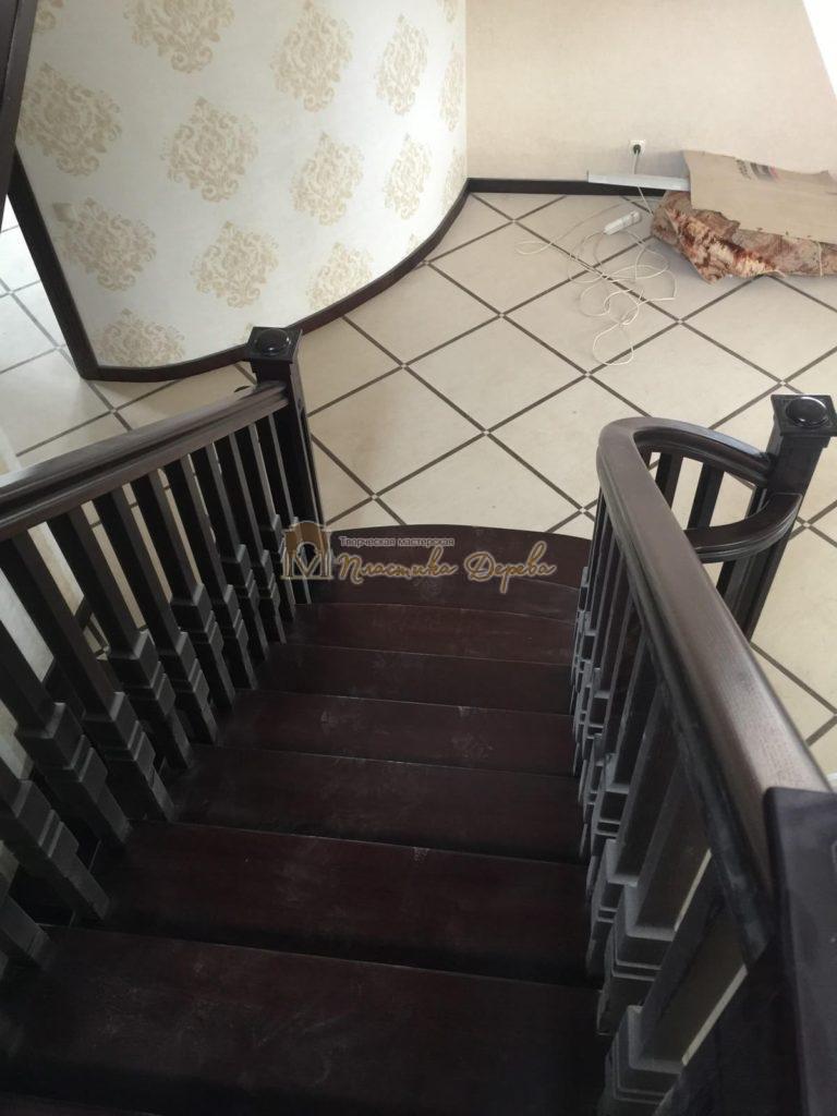 Фото 9 полувинтовой лестницы из ясеня