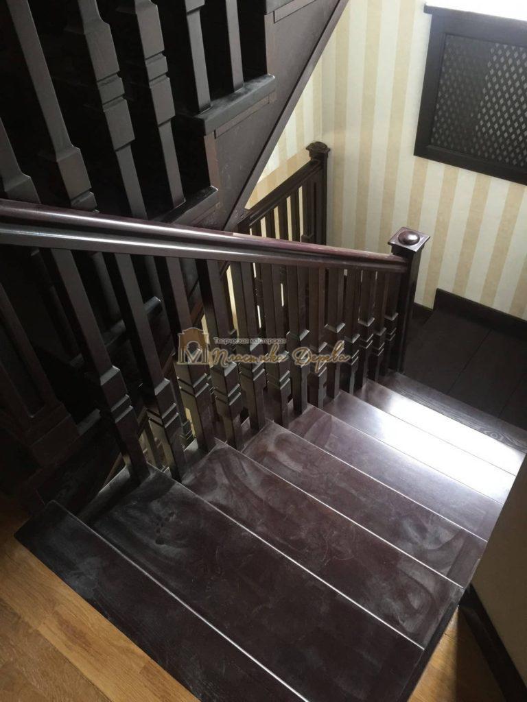 Фото 10 полувинтовой лестницы из ясеня