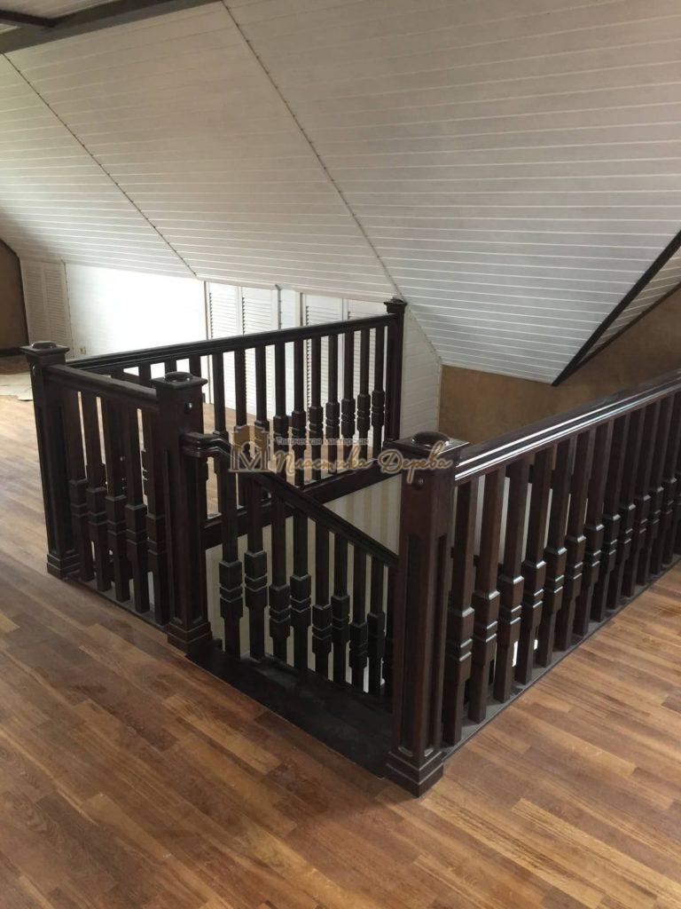 Фото 11 полувинтовой лестницы из ясеня