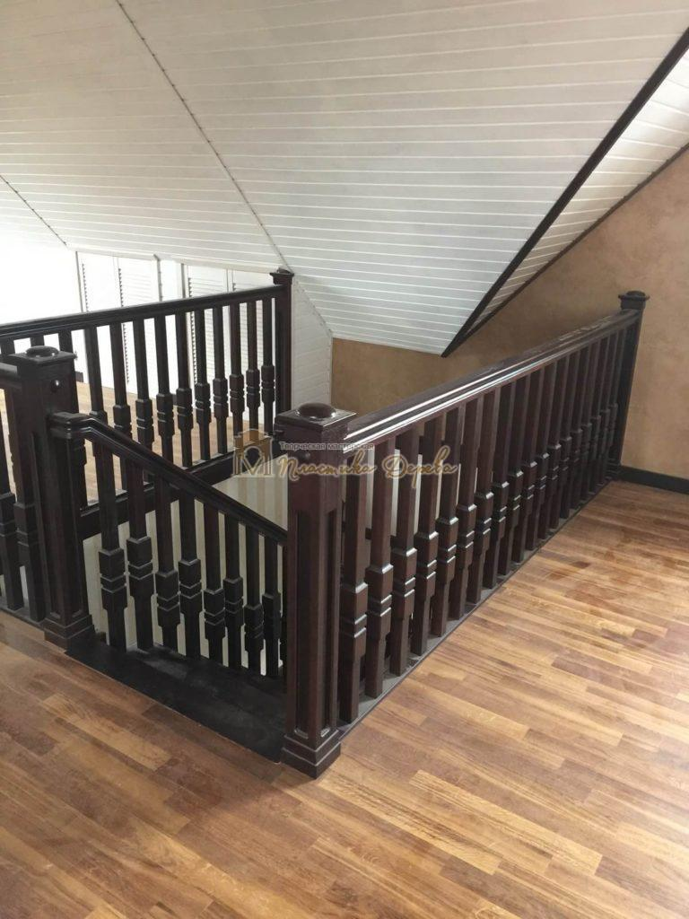Фото 12 полувинтовой лестницы из ясеня