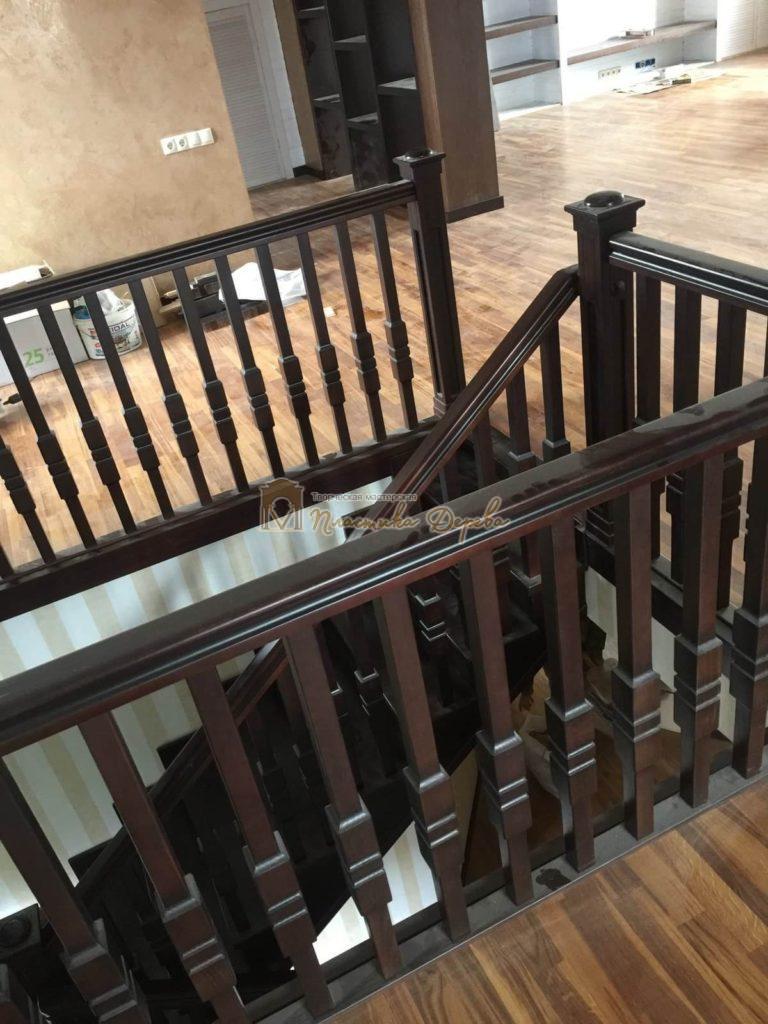 Фото 5 лестницы на косоурах