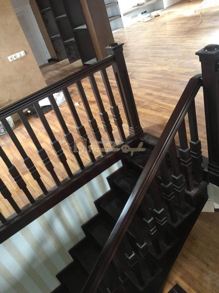 Фото 16 полувинтовой лестницы из ясеня