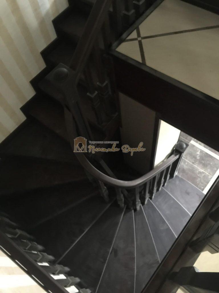 Фото 24 полувинтовой лестницы из ясеня