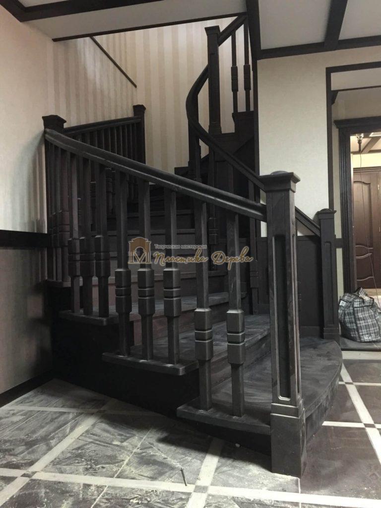 Фото 30 полувинтовой лестницы из ясеня