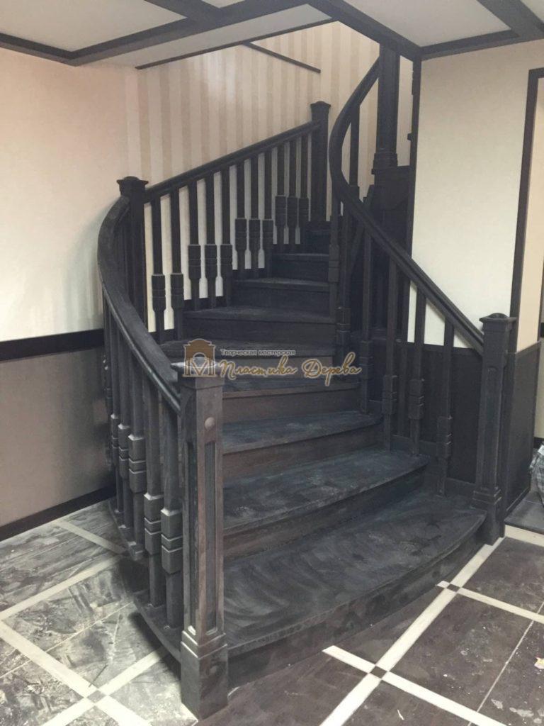 Фото 32 полувинтовой лестницы из ясеня