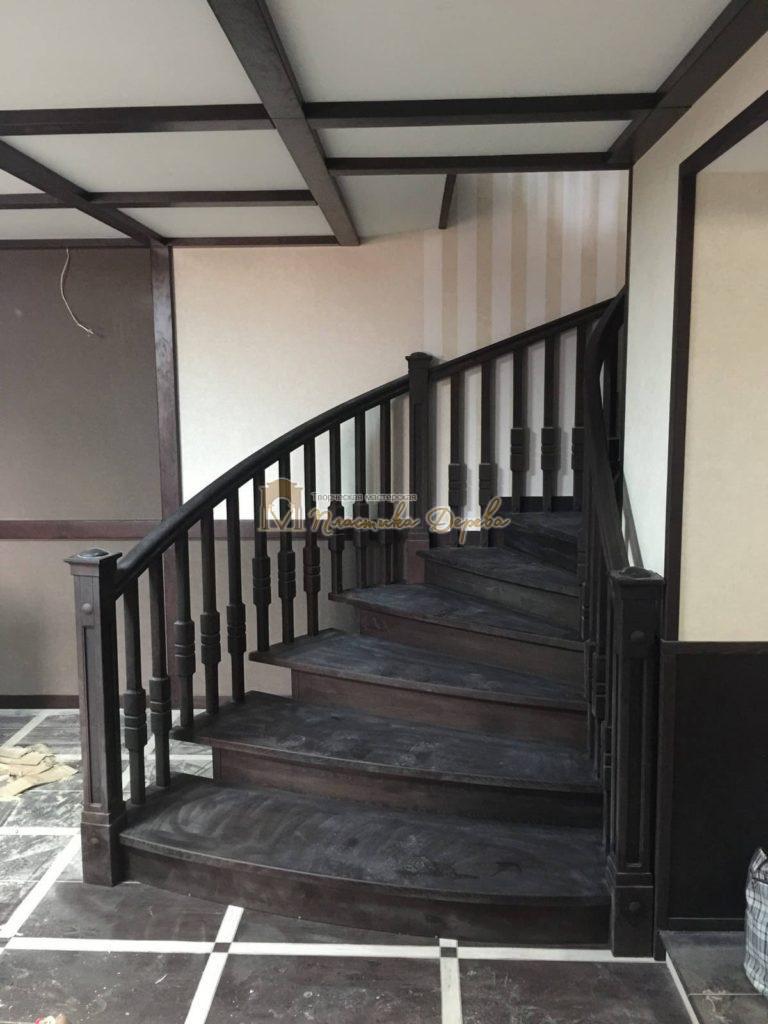 Фото 33 полувинтовой лестницы из ясеня