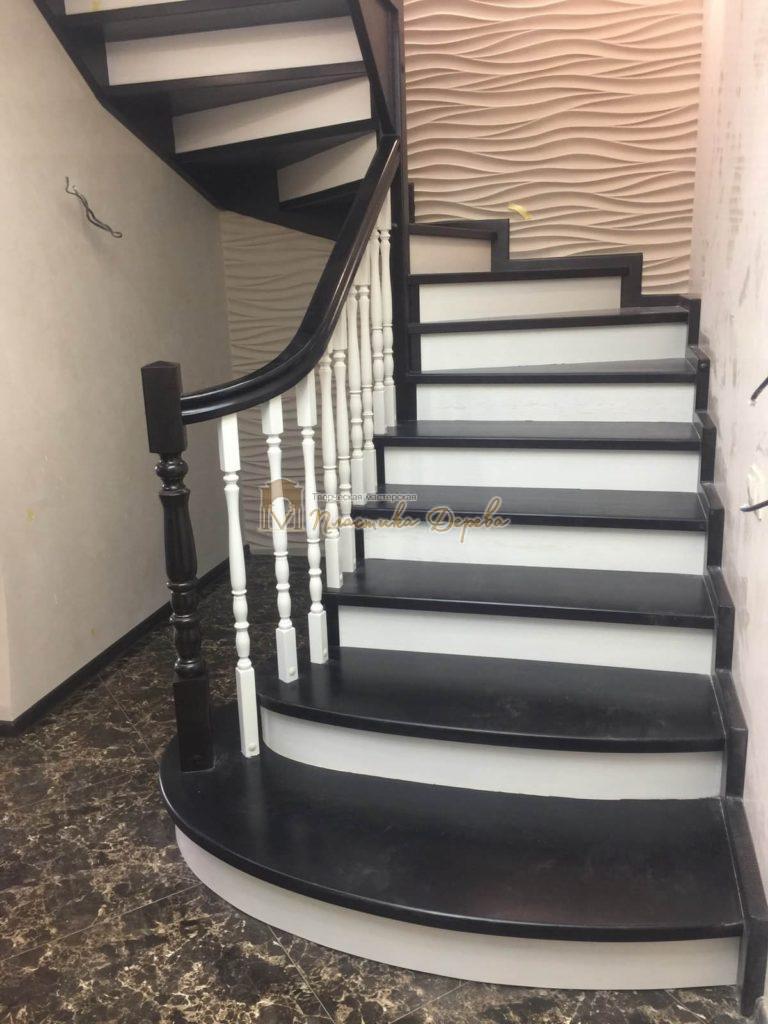 Фото 19 лестницы с забежными ступенями