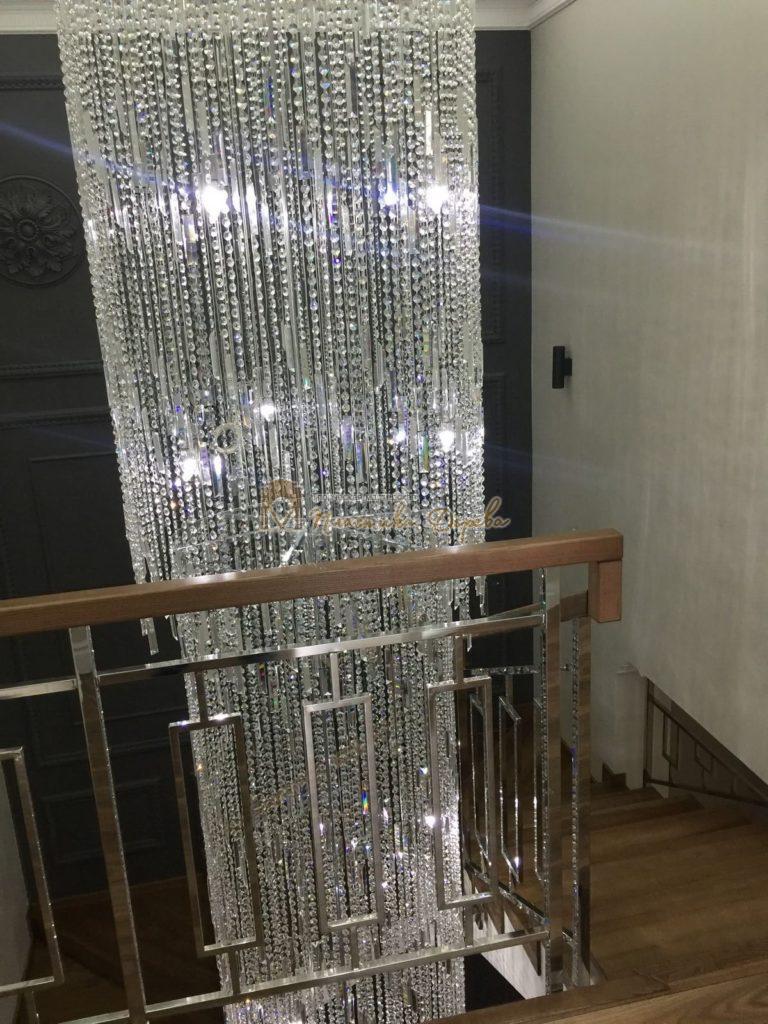 Фото 6 лестницы из ясеня с металлическим ограждением