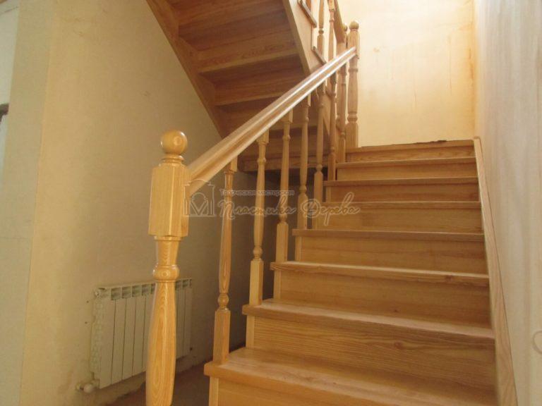 Фото 4 лестницы из ясеня под лак