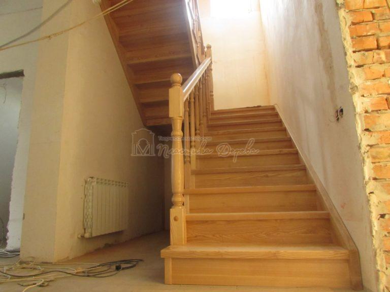 Фото 7 лестницы из ясеня под лак